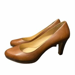 NWOB Cole Haan Leather Pumps